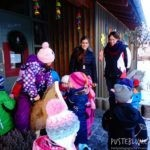 10 000 Holzpferde für Kindergärten